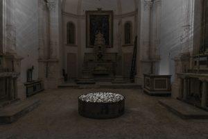 Sasha Vinci | Non si disegna il cielo - Chiaramonte Gulfi - Canto II / Installazione site specific in acciaio corten, suono 5'41 min. / 2015
